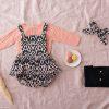 ilolilo_prendas_inv21_peto falda chambord con chaquetita jersey salmon y negro