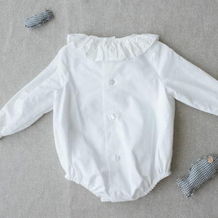 Body blanco cuello bordado